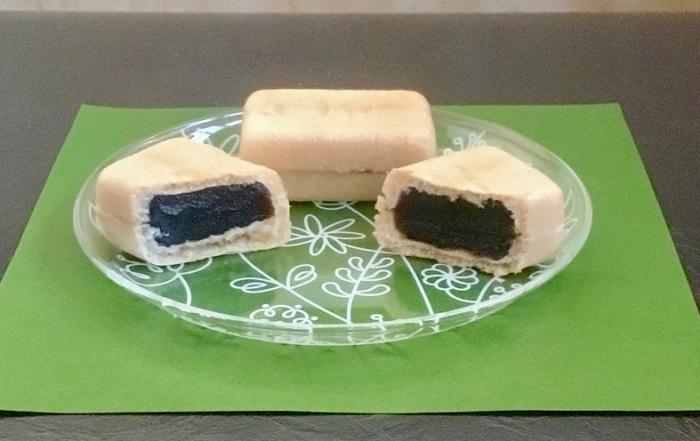 パクッと糖分補給 黒ごま最中 株式会社シアワセドー