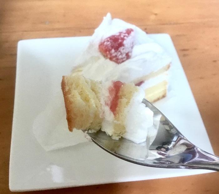 苺のショートケーキ あっさりクリームが美味しい