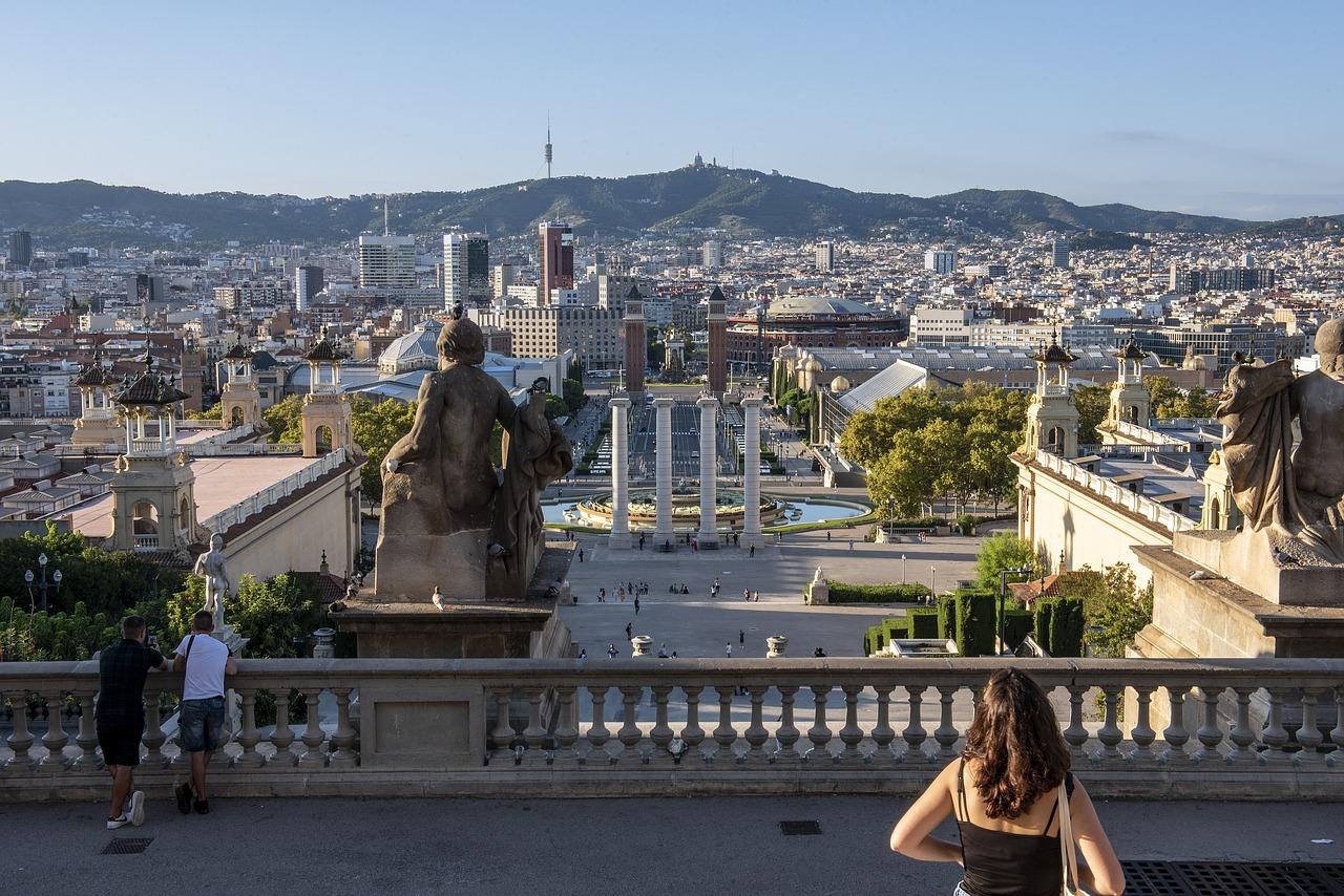 スペインに学ぶコロナウィルス拡大の原因